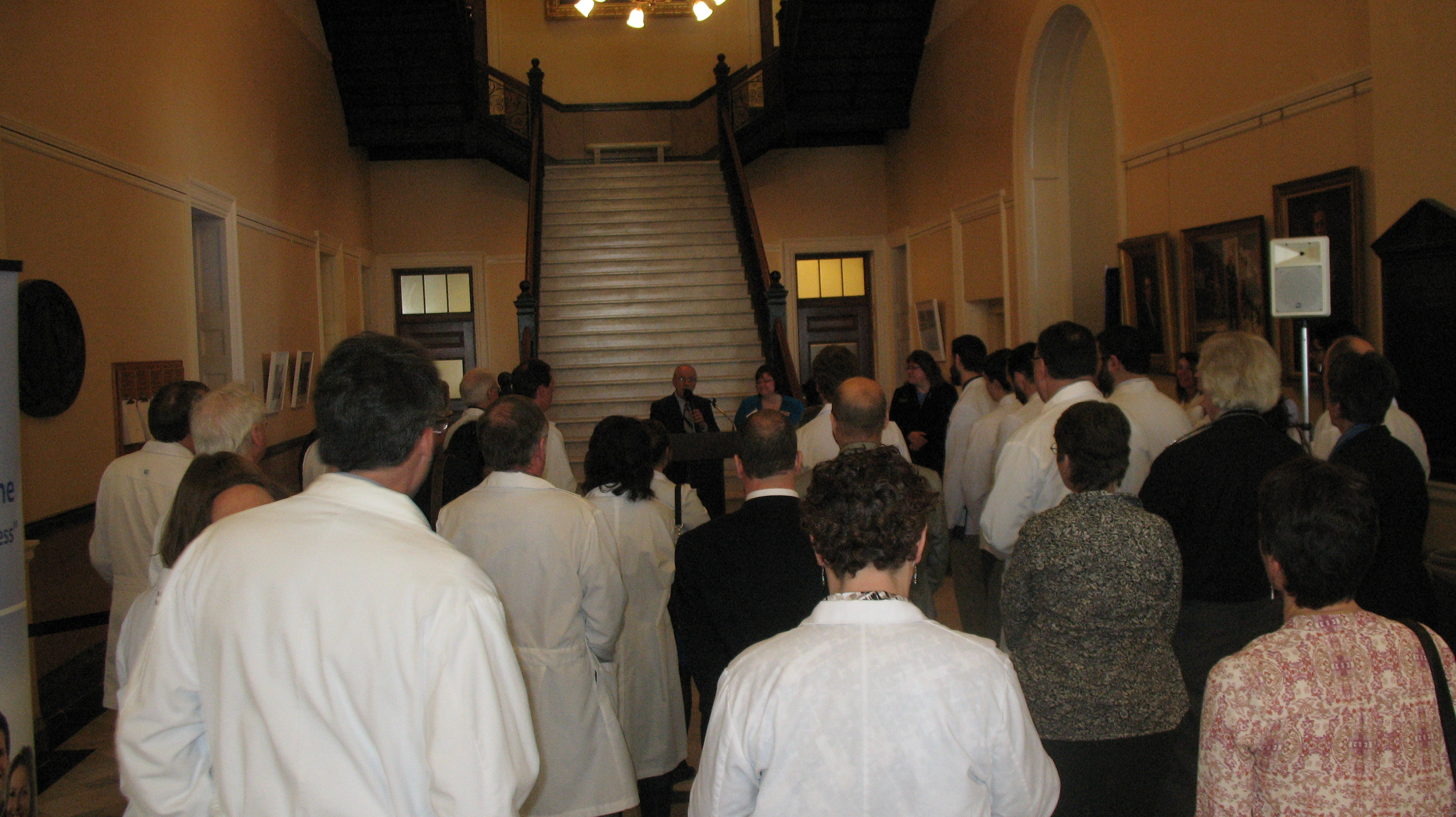 Gordon Smith, Esq., MMA EVP, addresses the doctors in the Hall of Flags.